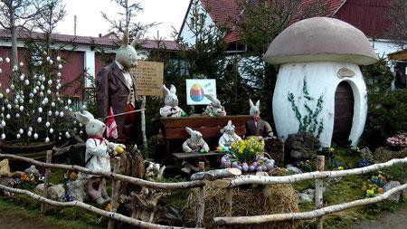 Osterbrunnen in Bieberbach Gemeinde Egloffstein in der Fränkischen Schweiz