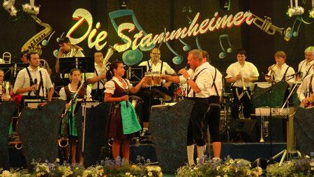 Gefreeser Heimat und Wiesenfest 2013 im Festzelt die Stammheimer © Copyright by Olaf Timm