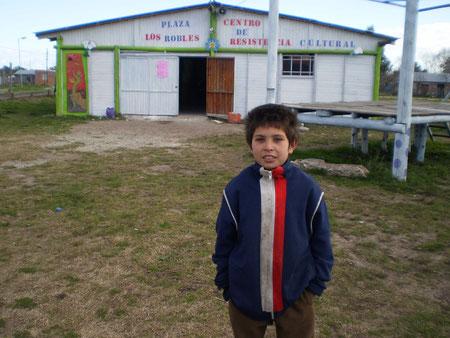 Centro Resistencia Cultural Barrio Los Robles.