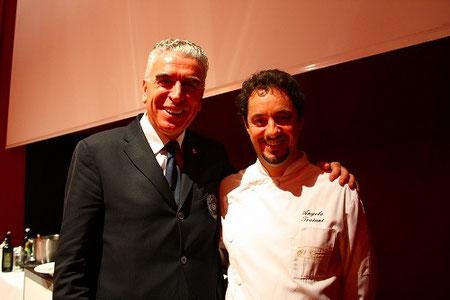 シェフAngelo Troiani氏(右)とAISウンブリアのプレジデンテSandro Camilli氏