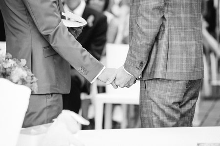 Die freie Trauung mit der Krankheit, finde Informationen und Tipps für die Freie Trauung mit der Krankheit, NRW, Niedersachsen, heiraten mit Krebs, Hochzeit mit der Krankheit, gefunden auf philosophylove.de