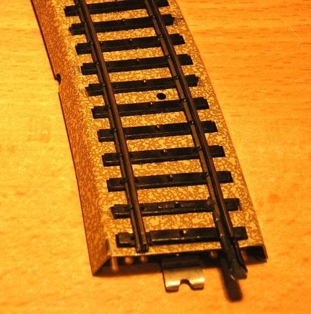 Das Modellgleis 3900, gefertigt in Metall- / Kunststoff-Mischbauweise.