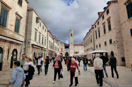 Dubrovnik top things to do - Stradun Copyright Thom Watson