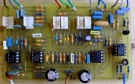 La résistance de 10K normalement située entre les connecteurs de droite est soudée au verso.