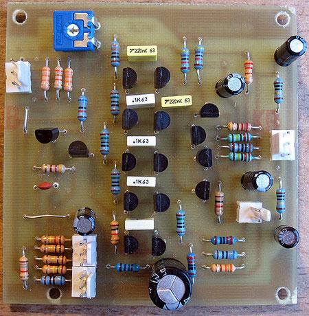 Et voilà! La musique électronique ne serait pas ce qu'elle est sans ce petit carré de composants... surtout celle de Kraftwerk!