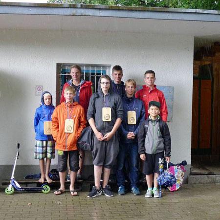 Unsere U16 beim 11. Internationalen Kanupoloturnier der HSG im Flussbad