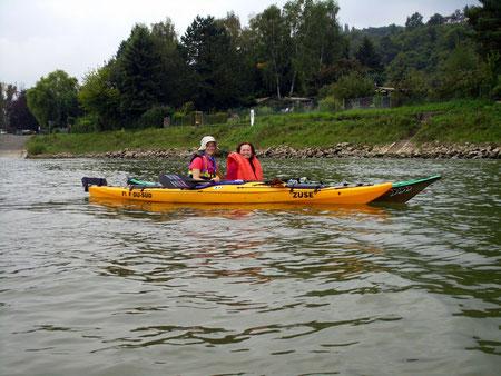 Sept. 2014, Claudia und Hilde auf dem Rhein bei Remagen