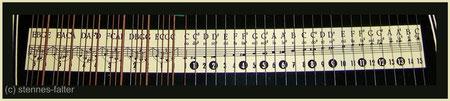 deutsche 4-chörige Besaitung einer 6-Akkord-Guitarr-Zither - Melodiesaiten einfach - Tonleiter vollchromatisch
