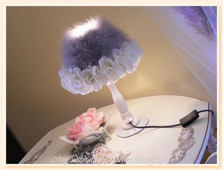LG031 - Abat-jour Shabby Chic - bianca e grigio perla - altezza cm 36,00 ca -  € 65,00 - 04 feb 2013