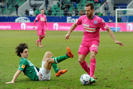 Daniel Pavlovic (R. GCZ) gegen Marco Mathys (FCSG)