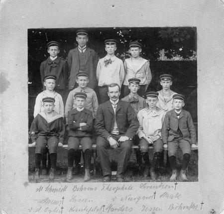 Klassenfoto um 1904