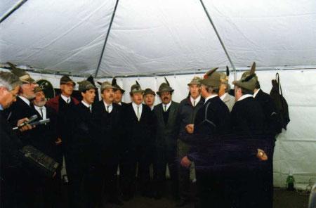 """1996 - 4 novembre - Vercelli - Si canta a """"casa"""" del Maestro -Gruppo Porta Torino"""