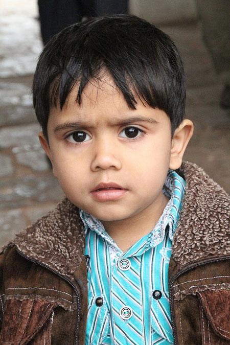 Junge in Dehli