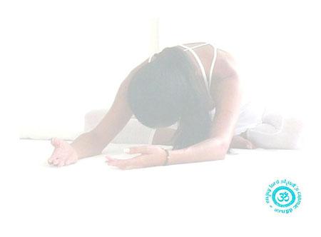 yoga class shedule >  auf Bild clicken