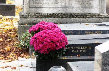 Fleurir ses tombes : une tradition délaissée par les plus jeunes (photo M. Depecker)