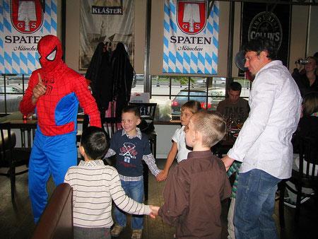 человек паук спайдермен на детский праздник день рождения ребенка