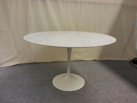 Eero SAARINEN Table TULIPE édition Knoll marbre arabescato