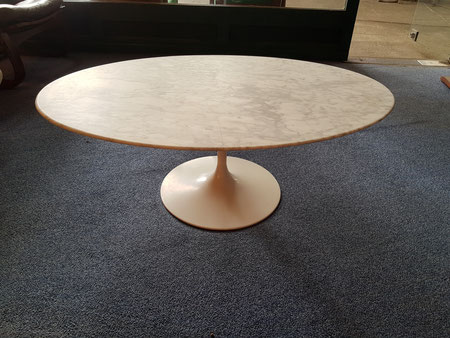 Eero SAARINEN Table basse Tulipe édition Knoll 105cm ovale
