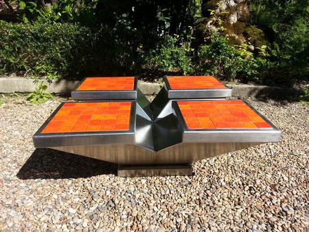 Table basse inox et ceramique ( modèle unique) 1970