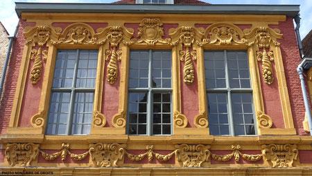 1 façade, Vieux-Lille, photo non libre de droits