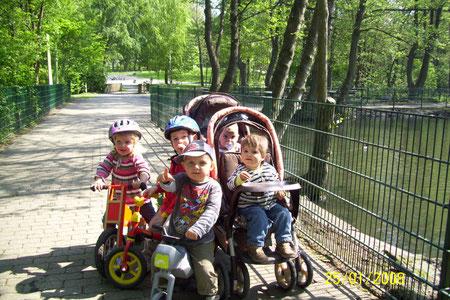 Ausflug in den Tierpark mit der ganzen Rasselbande