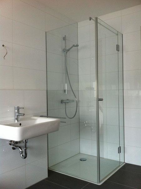 Dusche 3telig mit Stabilisierungsstange