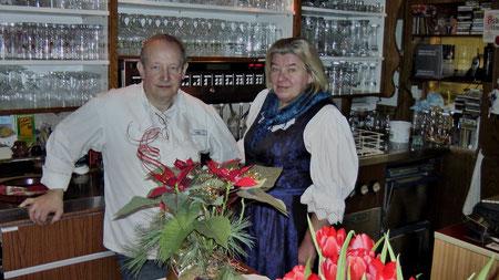 Die Wirtsleut Anni und Klaus Timm haben 2018 den Gasthof übergeben an Sohn Alexander und Ehefrau Kerstin Timm