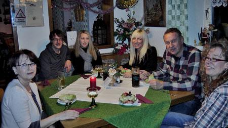 Gäste aus Hof in der Entenmühle zum Abendessen