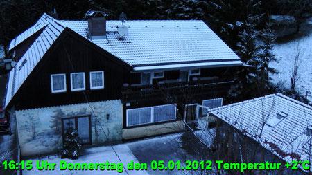 Wetter vom Donnerstag den 05.01.2012 um 16:15 Uhr bewölkt und trocken Temperatur 2°C