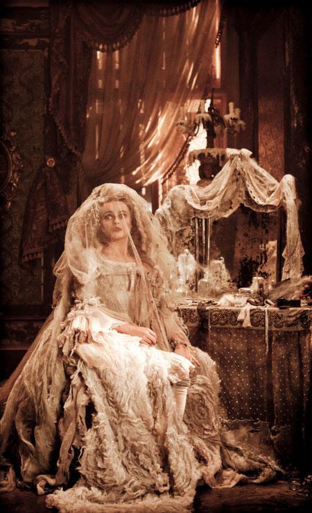 Helena Bonham Carter es Miss Havisham