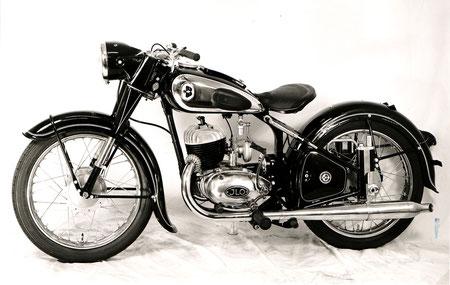 B/M200 - 198ccm 4-Gang ILO Motor, 11PS