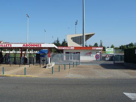 Entrée du stade Maurice Boyau