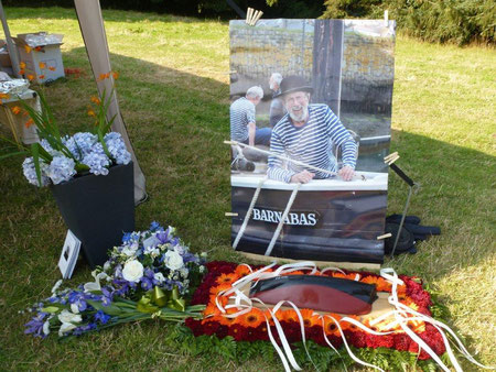 Tributes from the Coffin
