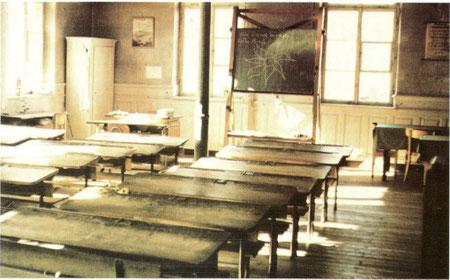 Klassenzimmer im alten Schulhaus 1965