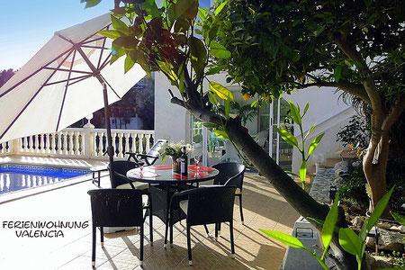 Ferienwohnung Valencia mit Pool und Terrasse