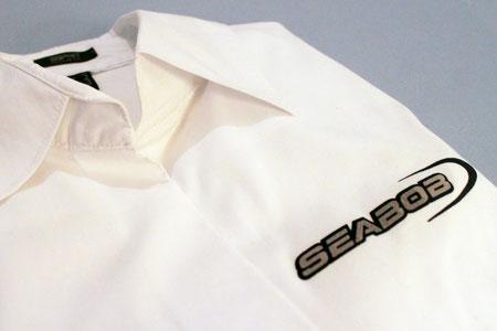 Hemd mit Flockdruck