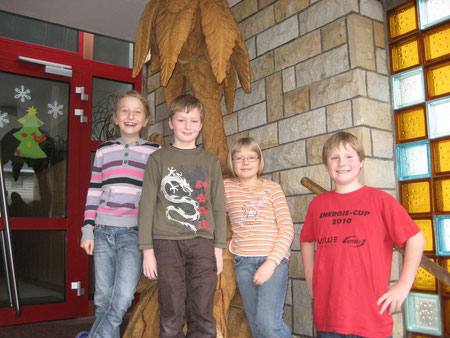 v.l.n.r.: Rahel, Marcel, Jessica und Maximilian