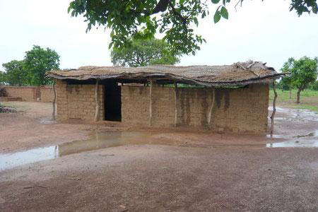 Une des deux classes de l'école de Zitoessin (début 2011).