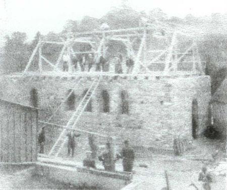 Zimmererarbeiten 1946 an der neuen Kapelle