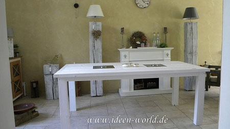 Tisch mit Feuerstellen aus Edelstahl