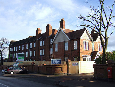 The 1889 block of West Heath Hospital just prior to demolition in 2008. Image 'All Rights Reserved' used with the kind permission of Neil Lewis/ genesis4626 on flickr. See Acknowledgements.