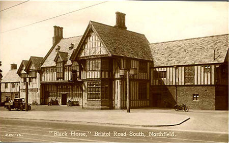 The Black Horse, Northfield c1920. Thanks for the use of this postcard to Dave Gregory. See Acknowledgements for a link to the Postcards of the Past website.