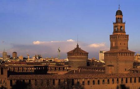 castello sforzesco milano piazza cairoli