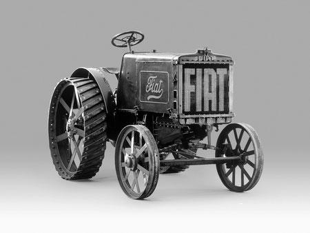 Fiat Traktor 702