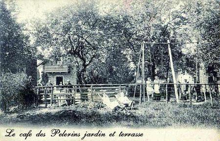 le Café des Pélerins jardin terrasse