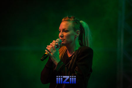 Kate Ryan at Easterrave 2014