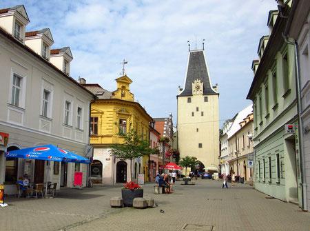 Seitenstraße neben dem Rathausturm