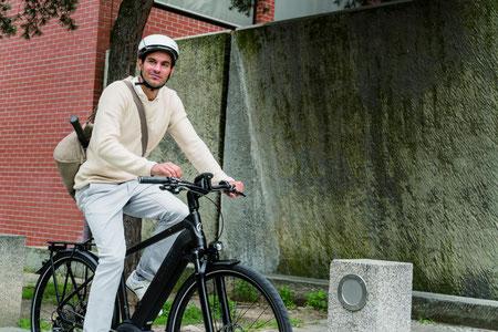 Beraten lassen in der e-motion e-Bike Welt in Bremen. Speed-Pedelecs probefahren, vergleichen und kaufen in Braunschweig.