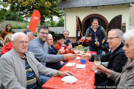 Zu der ersten After-Work-Party der SPD Osthofen fühlten sich viel Osthofener Bürger hingezogen.