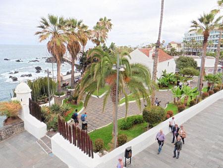 Meeresblick über die Kirsche von San Telmo in Puerto de la Cruz